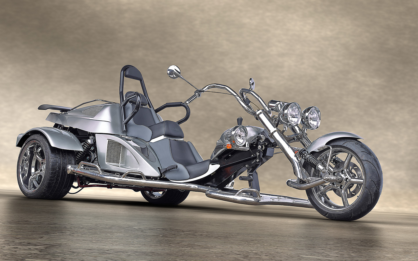 fighter overview boom trikes. Black Bedroom Furniture Sets. Home Design Ideas